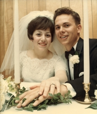 Photo of Sue and Len on their wedding day